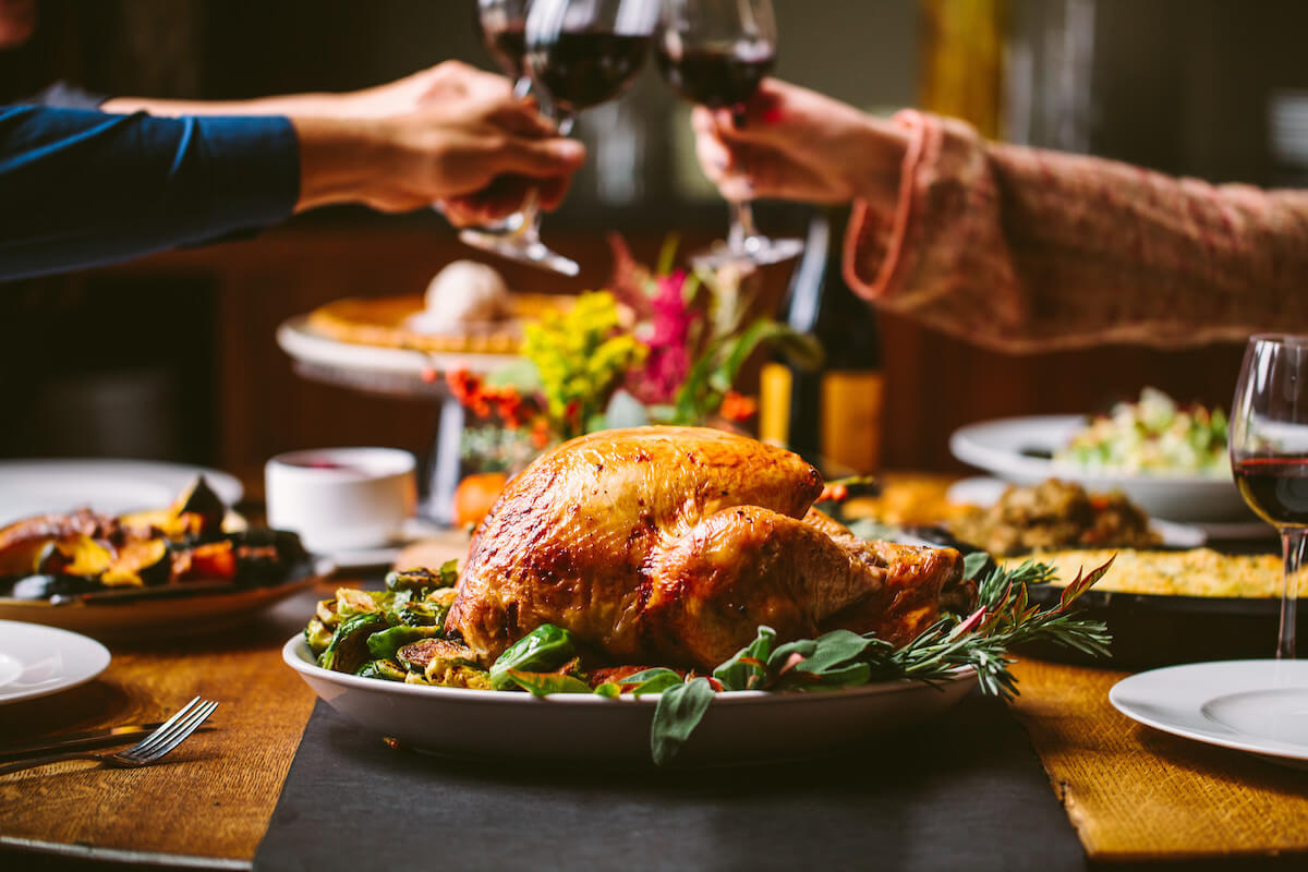 restaurants serving thanksgiving dinner in south carolina