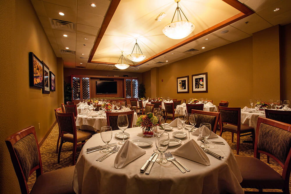 10 Restaurants to Eat Thanksgiving Dinner in South Carolina Ruths Chris Steakhouse Greenville SC
